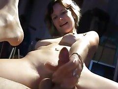 Masturbation, Strapon